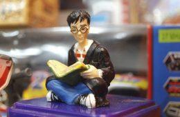 harry_potter_figure_toy_macro_close_up-harry-potter-weetjes