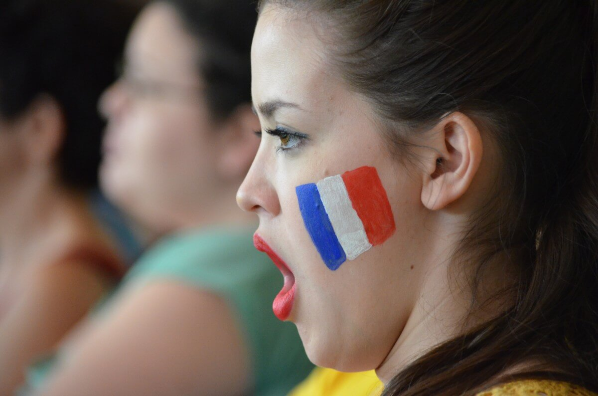 girl_support_scream_motivation_france_flag-754583
