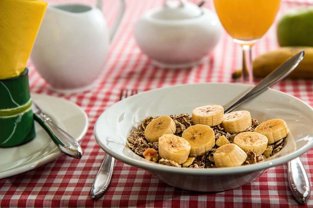 cereal_breakfast_meal_food_bowl_nutrition_morning_fruit-701015